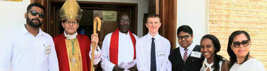 The bishop with the confirmation candidates