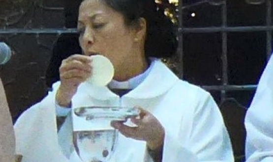 Ordination of Shu Peijin in Kuwait
